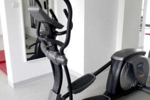 Orbitrek w siłowni